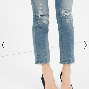 WHBM DESTRUCTED STRAIGHT CROP JEANS (NWT)